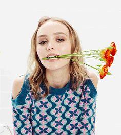 Lily Rose Depp her skin