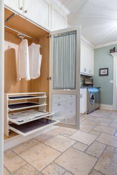 30 Functional Laundry Room Design Ideas. #home #homedesign #homedesignideas #homedecorideas #homedecor #decor #decoration #diy #kitchen #bathroom #bathroomdesign #LivingRoom #livingroomideas #livingroomdecor #bedroom #bedroomideas #bedroomdecor #homeoffice #diyhomedecor #room #family #interior #interiordesign #interiordesignideas #interiordecor #exterior #garden