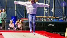 Jump! Jump! Fantastic Girls Catwalk, Girls, Wrestling, Sports, Kleding, Toddler Girls, Lucha Libre, Hs Sports, Daughters
