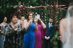 Wedding photographer Thomas Stewart is tired of well-meaning, snap-happy guests ruining his photos. | This Picture Sums Up Why Wedding Guests Should Put Down Their Damn Phones