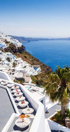 White Architecture on Santorini island, Greece         10 Breathtaking Photos of World's Most Romantic Island
