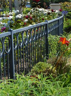 Victorian Garden Fence Heavy Antique Finish Old English Lawn Edging  Aluminum | Fences, Ornamental Iron | Pinterest | Victorian Gardens, Garden  Fencing And ...