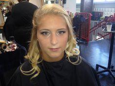 Makeup #nicolehollosi