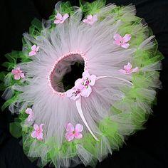 54 ideas sewing dress wedding diy tutu for 2019 Diy Tutu, Tutu En Tulle, Pink Tulle, Costumes Avec Tutu, Baby Costumes, Fairy Dress, Fairy Skirt, Tutus For Girls, Little Girl Dresses
