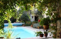 Holiday Townhouse with swimming pool in Condom, Valence-sur-Baise - private pool, walking, beach/lake nearby, balcony/terrace, internet acce... Private Pool, Townhouse, Balcony, Swimming Pools, Terrace, France, Villas, Beach, Outdoor Decor