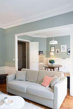Un 55 m2 entre charme de l'ancien et inspiration nordique, revu par l'agence Les Murs ont des oreilles.