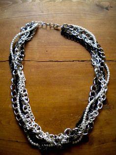 http://www.collegefashion.net/fashion-tips/diy-tutorial-multi-chain-necklace/