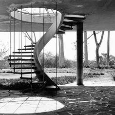 Galeria de Clássicos da Arquitetura: Residência Olivo Gomes / Rino Levi - 5