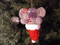 "Free pattern for ""Elephant in Santa Hat Ornament"" by Pacy Crochets!"