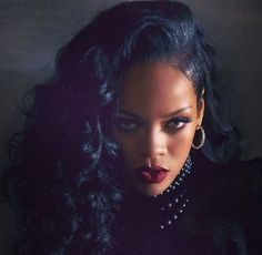 Rihanna ft. Shakira – Can't remember to forget you