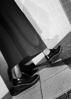 Blog_totokaelo_editorial_wide-pants-shoes_3b