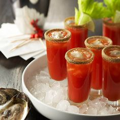 A shooter variation on a Bloody Mary, contributed by The Bartending School. Always be careful. Seafood Dishes, Seafood Recipes, Cooking Recipes, Fresco, Oyster Shooter, Bloody Mary Recipes, Oyster Recipes, Beach Meals, Alcohol Drink Recipes