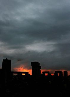 Summer Solstice - The sun attempts to break through heavy clouds on the summer solstice at Stonehenge in Wiltshire, England, 21 June, Stonehenge, 21 June, Days Of The Year, Summer Solstice, Stonehenge, First Nations, Pilgrimage, Seattle Skyline, Affirmations, Dating