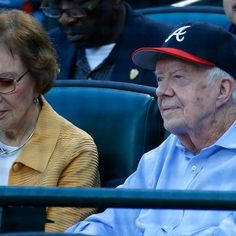 Watch: Braves feature President Jimmy Carter on Kiss Cam