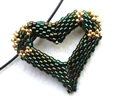 "Modern Heart Necklace, ""I love you"" Jewelry, Beaded Heart Jewelry, Iridescent Heart Pendant, Beadwoven Heart, Peyote Heart - Etsy UK Seller"