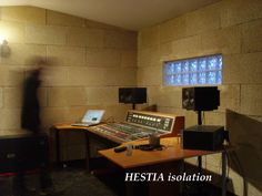 isolation acoustique studio enregistrement blocs de chanvre HESTIA isolant naturel brique
