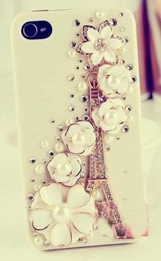 I love this. Too bad I don't love iPhones.  I love French decor. Someday I'll make it to Paris!