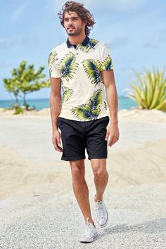 Marlon-Teixeira-Next-Summer-2015-Mens-Beach-Style-Shoot-022
