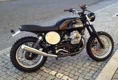 I am loving scrambler style bikes.  This Moto Guzzi Scrambler is sweet!