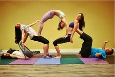 Yoga Acro Couples Beginner Poses Girls Inspiration 👉 Get Your FREE Yoga Video… - Yoga Fitness Ideas Group Yoga Poses, Acro Yoga Poses, Partner Yoga Poses, Partner Acrobatics, Iyengar Yoga, Ashtanga Yoga, Yoga Girls, Yoga Fitness, Yoga Balance Poses