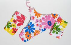 Vintage Inflatable Plastic Hangers Set of 3 Made in Taiwan Fun, groovy flower power hangers in pink, orange, blue, yellow and green. Plastic Hangers, Flower Power, Yellow, Blue, 1970s, Pop, Retro, Flowers, How To Make