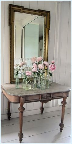 Mirror, Table, Roses.