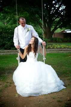 Gobrail Photography Wedding Photography - Beautiful Maryland Wedding - Swing Set - Rustic Wedding