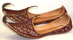 Khussa (traditional shoes from India)