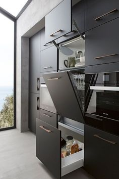 Modern And Trendy Kitchen Cabinets Ideas And Design Tips – Home Dcorz Modern Kitchen Cabinets, Kitchen Cabinet Design, Modern Kitchen Design, Kitchen Designs, Modern Farmhouse Kitchens, Black Kitchens, Cool Kitchens, Kitchen Black, Beautiful Kitchens