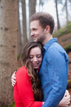 Enchanting #forest e-session #engagement #agnesfarkasphotography #österreich #cosy #e-session #couple #love #winter #wood #red #dress #cutie #poncho