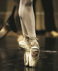 ballet pointe shoes - Photography Lynette Wills