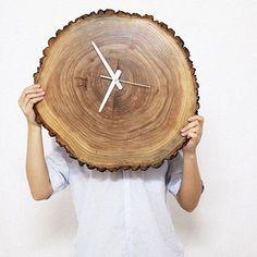 Reloj DIY con tronco de madera