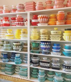 It's been almost a year since I posted a full picture of my main #Pyrex display and that is just too long! It's usually in some state of disarray from pulling pieces to use or for other displays but here it is today looking not too shabby. #pyrexlove #cathrineholm