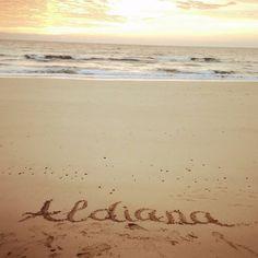 #gutenmorgen #welt ! #aldianafuerteventura grüßt vom #fotoshooting am #strand mit einem perfekten #sonnenaufgang ! #startindentag #aldiana #echt #wahreliebe #missgermany #missaldiana #beautycamp