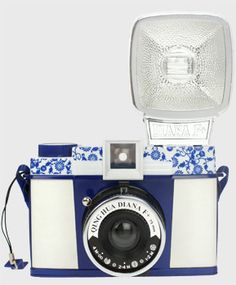 Diana F+ Cameras - Microsite - Lomography – CAMERAS – Diana F+ Clones  OMG this was the one I wanted. Still love mine tho (: