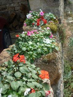 Ideas para decorar las piedras medievales... Ideas to decorate the medieval stones