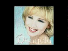 Danijela Martinovic - To Malo Ljubavi tekst lyrics Dance Like No One Is Watching, Lyrics, Songs, Pop, Youtube, Music, Musica, Popular, Musik