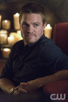 "Arrow -- ""Honor Thy Father"" - Pictured:  Stephen Amell as Oliver Queen -- Photo: Jack Rowand/The CW © 2012 The CW Network. All Rights Reserved."