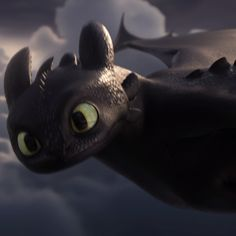 How to Train Your Dragon: The Hidden World - In Theaters February 22 Drachenzähmen: Die verborgene Welt - In Theatern . Cute Toothless, Toothless And Stitch, Toothless Dragon, Hiccup And Toothless, Toothless Costume, Httyd Dragons, Dreamworks Dragons, Httyd 3, How To Train Dragon