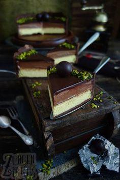 Sensationeller Mozart-Käsekuchen! Marzipan-Käsekuchen mit Nougatcreme und Schokolade. Unfassbar lecker und ganz was besonderes!