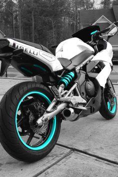 Pretty Kawasaki Ninja This bike with an ice sheet .-Ziemlich Kawasaki Ninja Dieses Fahrrad mit einem Eisblau statt Teal # … – Auto Innenausstattung Design Pretty Kawasaki Ninja This bike with an ice blue instead of Teal # … # ice blue - Enfield Motorcycle, Motorcycle Bike, Motorcycle Design, 50cc Motorbike, Motorcycle Quotes, Ninja 650r, Ducati, Yamaha R6, Rossi Yamaha
