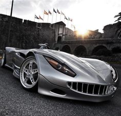 The Veritas Convertible-Supercar......yeow.