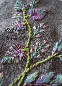 beautiful varigated embroidered leaves