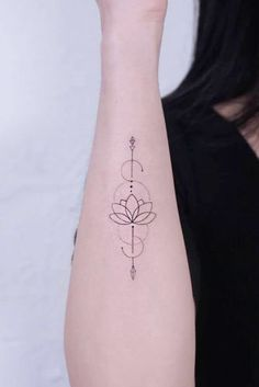 18 Amazing and Memorable Arrow Tattoo Designs 18 Amazing . - 18 Amazing and Unforgettable Arrow Tattoo Designs 18 Amazing and Unforgettable Arrow Tattoo Designs - Arrow Tattoos For Women, Dragon Tattoo For Women, Dragon Tattoo Designs, Small Arrow Tattoos, Inner Wrist Tattoos, Ankle Tattoos, Minimalist Tattoo Small, Minimalist Tattoo Meaning, Smal Tattoo