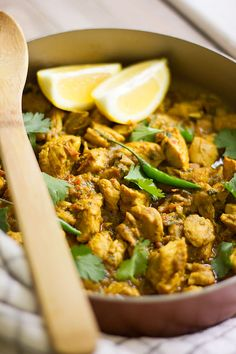 Chicken Keema Recipe, Karahi Recipe, Chicken Karahi, Tikka Recipe, Biryani Recipe, Fried Chicken Recipes, Pakistani Dishes, Indian Dishes, Lunch Recipes