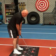 Yesterday I posted a video about our master in compensation movements. Check these tricks out! Not everybody can do this, but... 1. Do you want to improve or get rid of movement restrictions and the pain that often goes with it?  2. Do you want to move more freely and improve your golf game?  3. Do you believe it could make playing golf more fun and improve quality of life? If you want to be at your best possible by the beginning of the season 2017, do not hesitate to call Sport Performance…