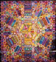Zomerse Dag (Summer's Day) by Lilija Kostenko (Netherlands). Second Place-Novice at the 2012 Open European Quilt Championships.  Photo by The Plaid Portico
