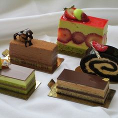 Individual Pastries & Desserts Class!