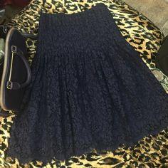 ralph lauren skirt size 4. Great condition. ralph lauren skirt size 4. Great condition. Navy color beautiful race Ralph Lauren Skirts Midi