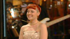Festival di Sanremo 2014: Gli Abiti e i Look della Seconda Serata | Look! inside you  Noemi italian singer red hair hairstyle shaved bang
